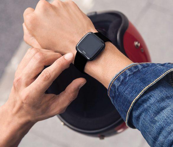 Fitbit Versa cel mai bun smartwatch lansat de Fitbit