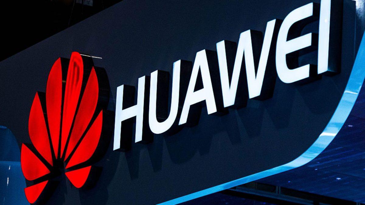 Huawei declară că va atinge venituri în valoare de 100 de miliarde de dolari pentru anul 2018