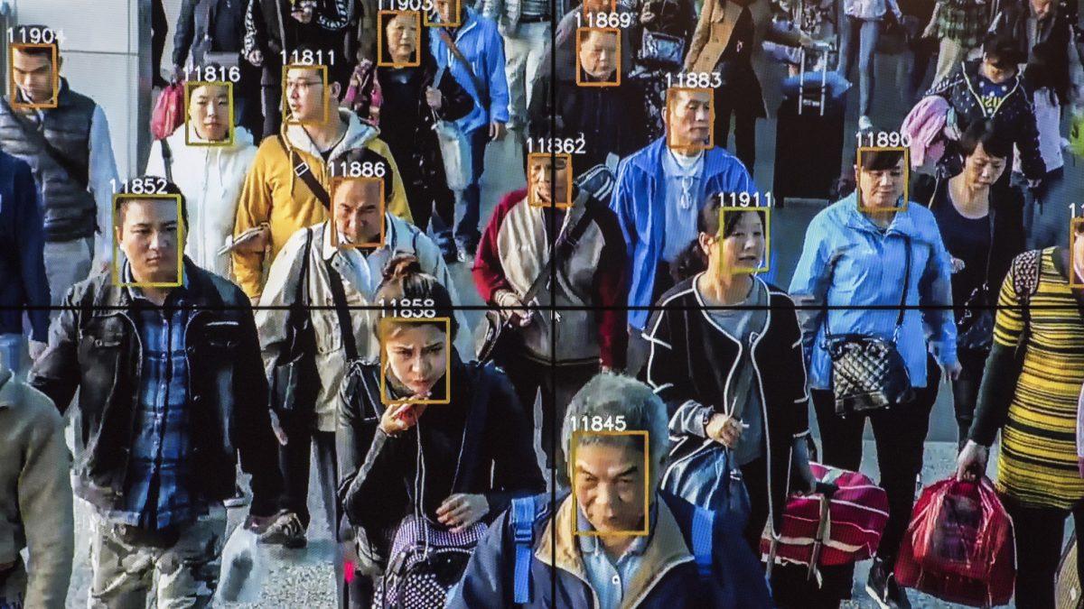 Cum este folosita recunoasterea faciala in China?