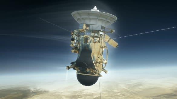 Sonda Nasa, Cassini, a descoperit lacuri adanci pe luna lui Saturn, Titan