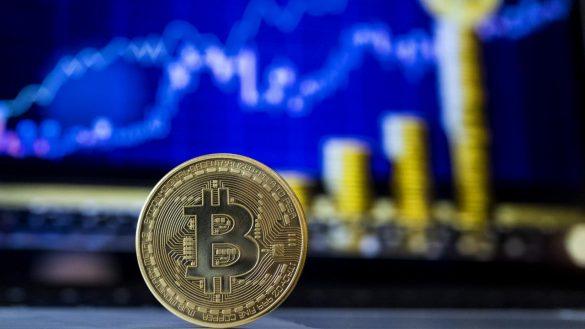 Sase persoane suspectate de furtul a 27 milioane $ in crypto arestate de Europol
