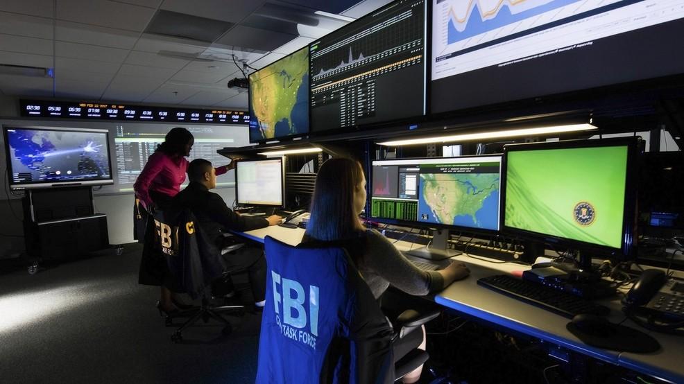 Biroul Federal de Investigatii planuieste sa monitorizeze in timp real Facebook, Instagram si Twitter