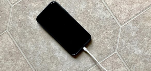 O greseala comuna legata de incarcarea iPhone-ului scade ore bune din viata bateriei