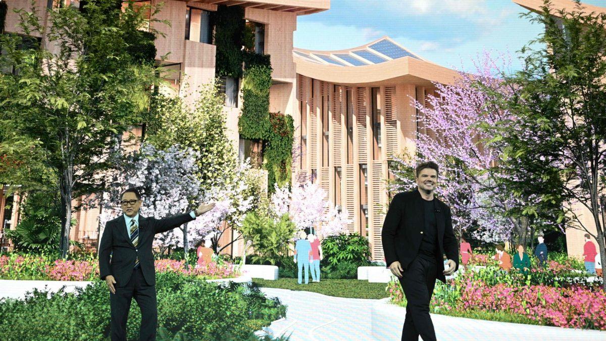 """Toyota va construi un """"oras al viitorului"""" langa muntele Fiji"""