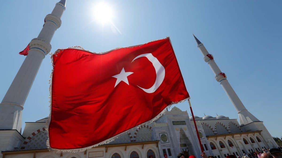 Un val de atacuri cibernetice asupra institutiilor din Europa este opera unor hackeri guvernamentali din Turcia