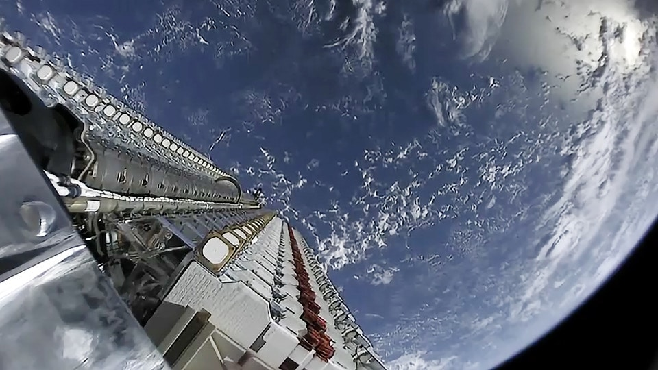 Vulnerabilitati majore in sateliti – Hackerii ar putea sa ii transforme in arme