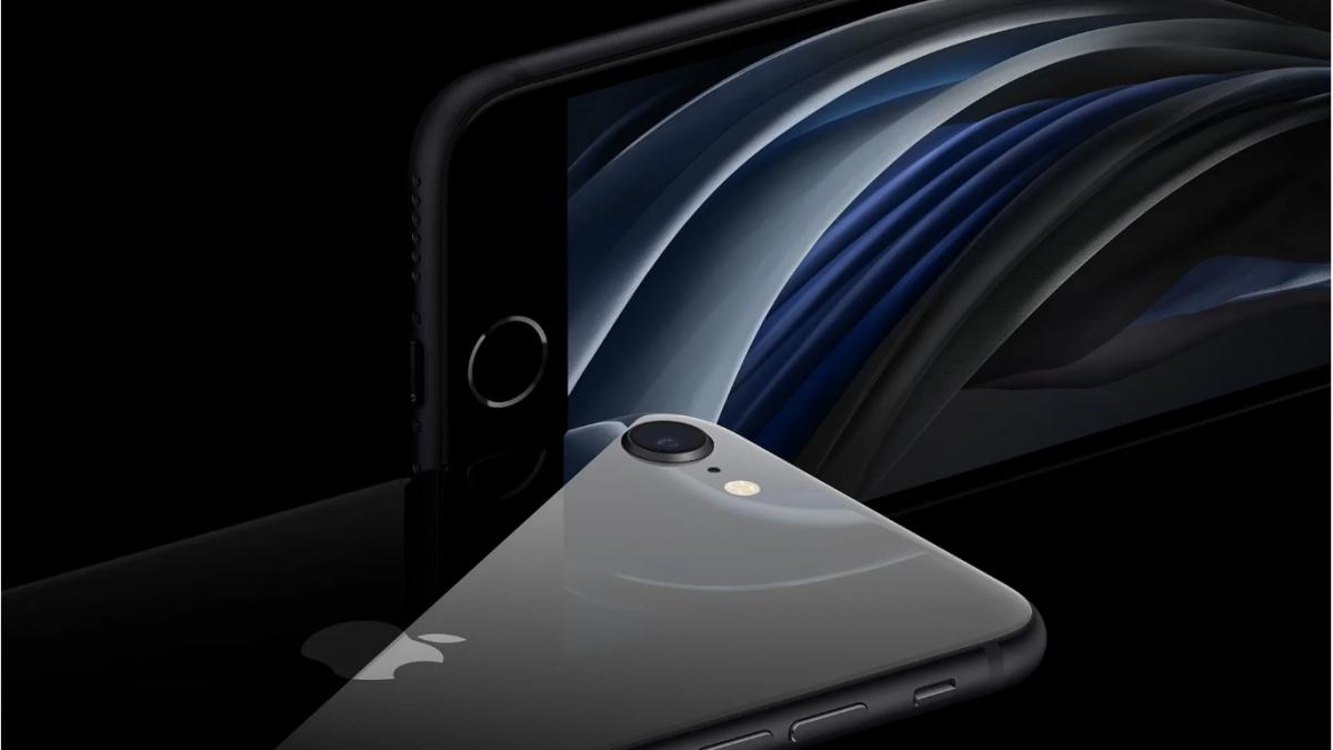 Precomenzile pentru noul iPhone SE vor fi livrate de abia in luna mai