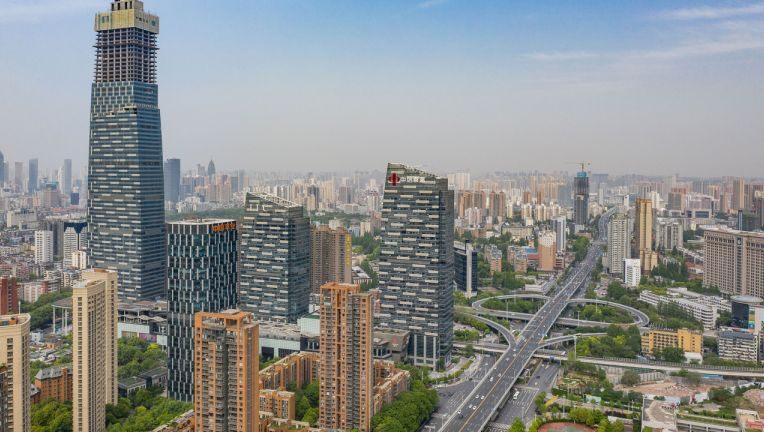 Wuhan va testa toti cei 11 milioane de locuitori dupa ce noi cazuri de coronavirus au aparut in regiune