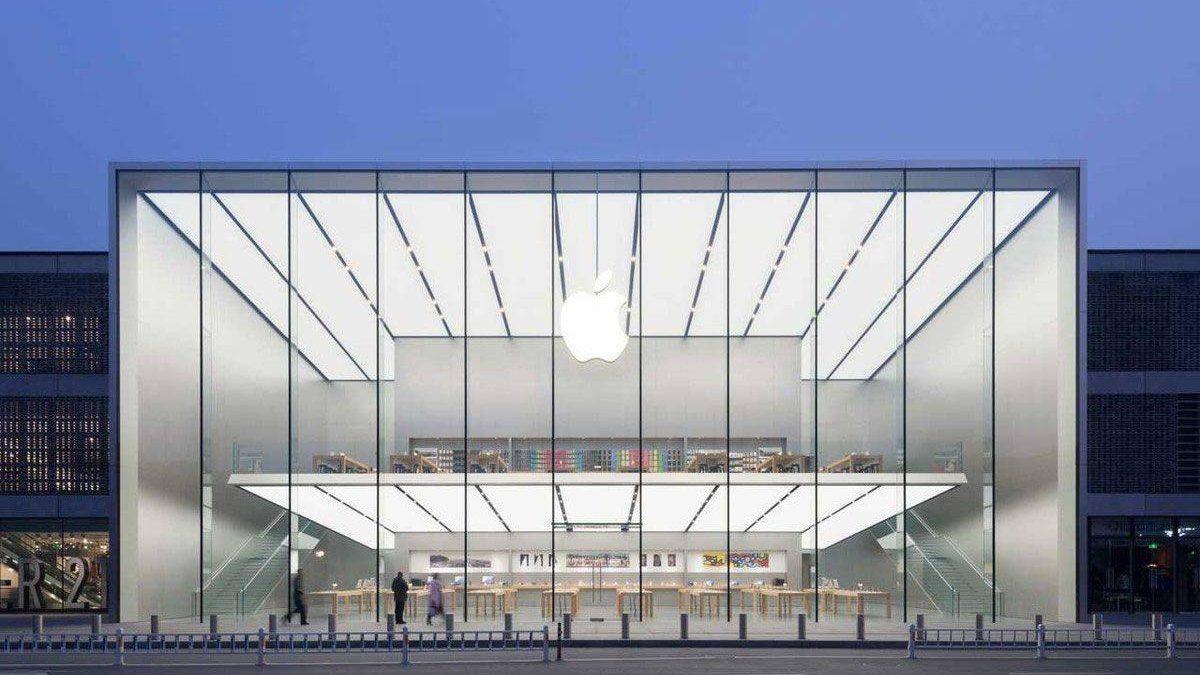 Apple inchide 11 magazine ca raspuns la agravarea focarului de COVID-19
