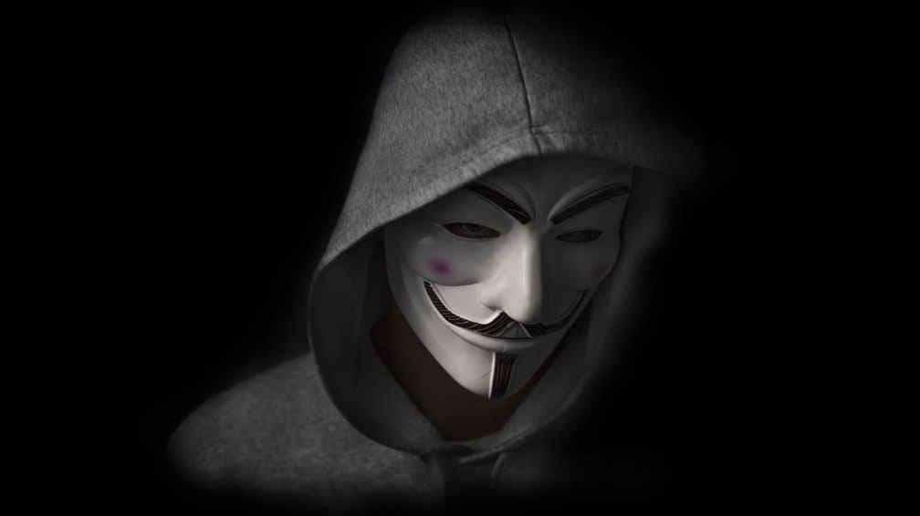 """Julian Assange, fondatorul WikiLeaks, acuzat ca a colaborat cu hackeri din gruparea """"Anonymous"""""""