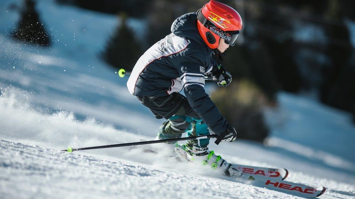 Ce echipament de ski poti sa achizitionezi atunci cand esti incepator?